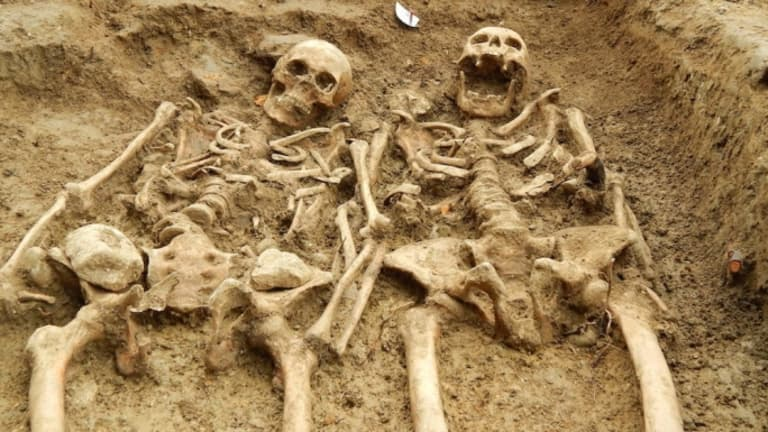 Archaeologist Found Medieval skeletons found holding hands after 700 years in lost chapel in Leicestershire, England.