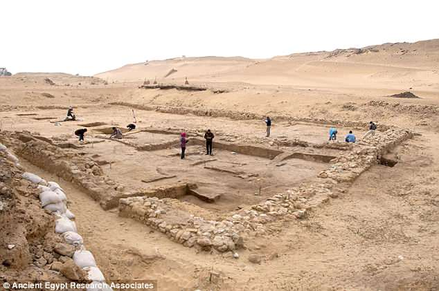 Archaeologists in Egypt have unearthed two ancient houses likely linked to the construction of the famous Giza pyramids. The 4,500-year-old structures may have been home to kitchen officials and even a priest belonging to an ancient institution known as the 'wadaat'