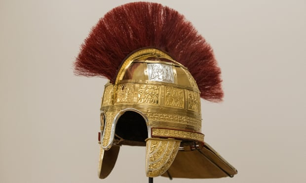 Anglo-Saxon Ornate gold helmet from Staffordshire hoard recreated | Histecho