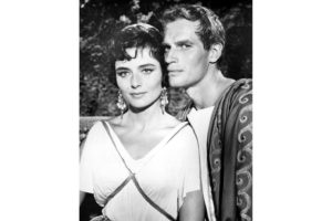 Actress Marina Berti and actor Charlton Heston in a scene from the movie 'Ben-Hur'.