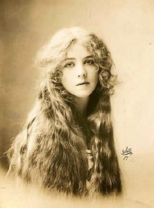 Lone Bright Eickemeyer, Broadway actress, photographed by Rudolf Eickemeyer Jr. 1912
