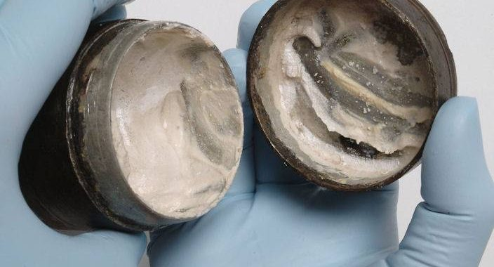 Here's A 2,000 year-old Ancient Roman Face Cream