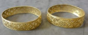 Two gold bracelets from the Hoxne Hoard, in the British Museum.