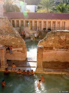 The daily ritual of public bathing is still clearly alive and well in Khenchela.