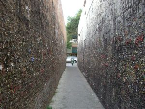 Located between 733 and 734 Higuera Street, the alley is fifteen feet high and seventy feet long.