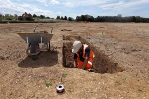 Oxford Archaeology East working at the Waterbeach Barracks.