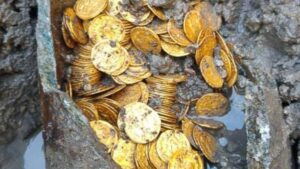 Despite their age, the coins are in miraculous condition, with all the images and engravings easily visible.