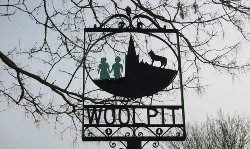 Do descendants of the mysterious Green Children of Woolpit exist today?